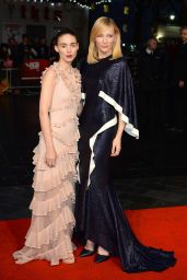 Cate Blanchett on Red Carpet -