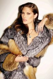 Catherine McNeil -Photoshoot for Vogue Magazine Spain November 2015