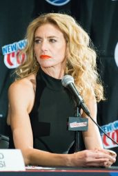 Claudia Black - 2015 New York Comic-Con