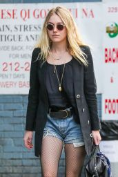 Dakota Fanning - Out and about in NYC, October 2015