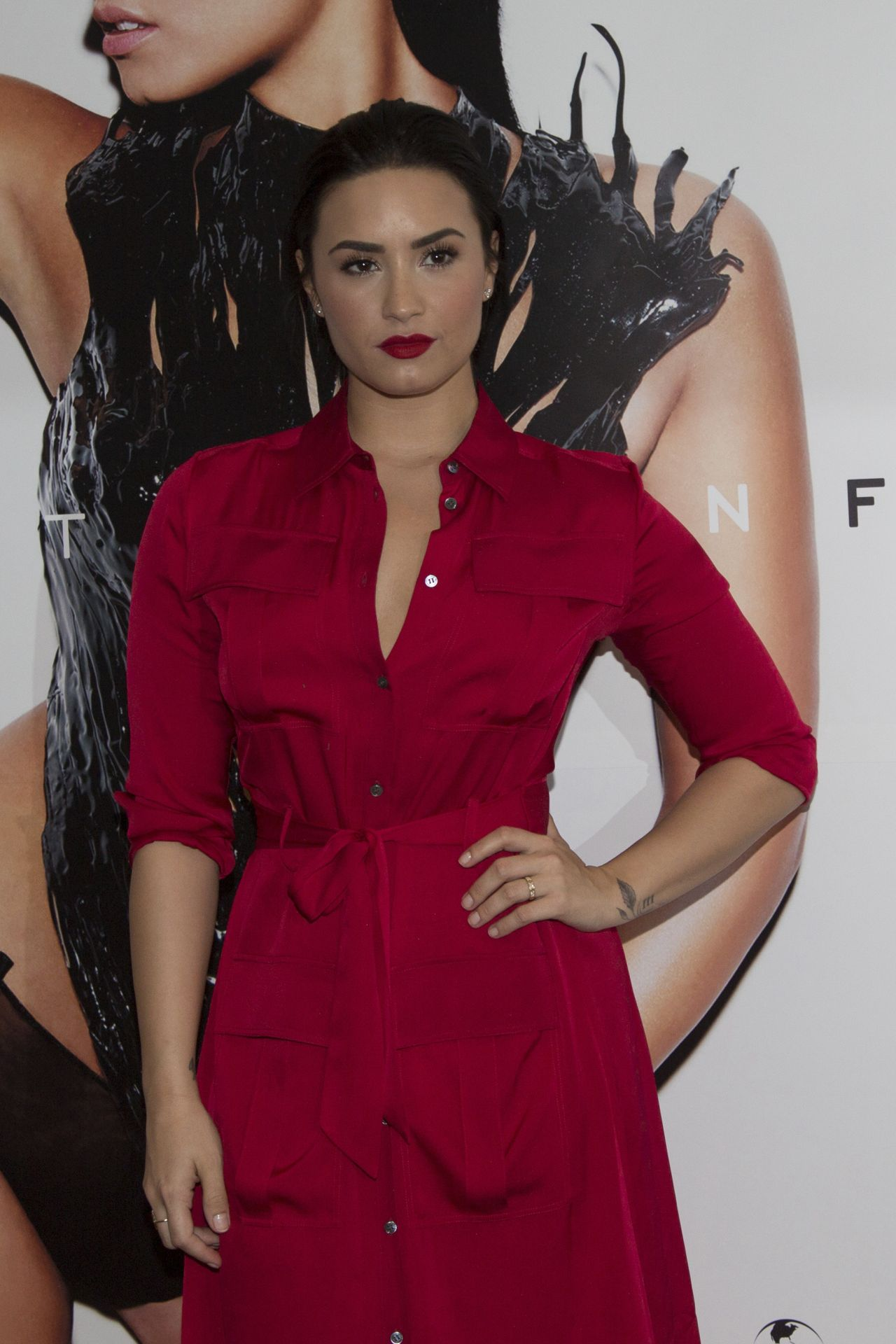Demi Lovato Confident Promo Event In S 227 O Paulo In Brazil