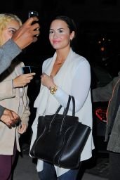 Demi Lovato - Out in NYC, October 2015