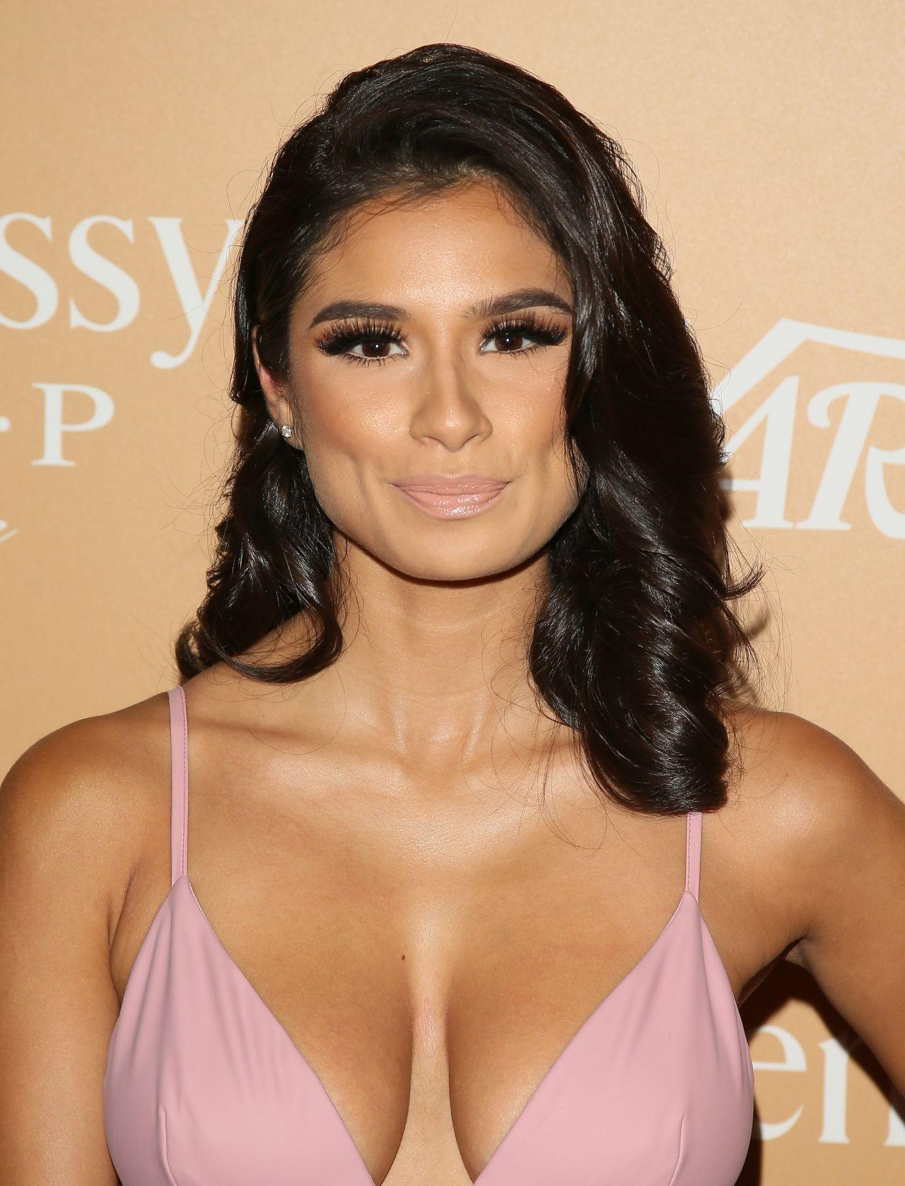 Diane Guerrero – Variety Latino's 10 Latinos to Watch event in Los ... Eva Longoria