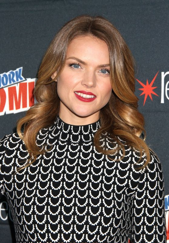 Erin Richards - New York Comic Con 2015 Day 4