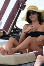 Eva Longoria Bikini Candids - Relaxing on the Beach in Cancun, October 2015