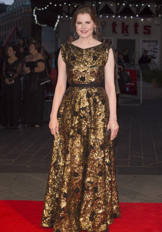 Geena Davis on Red Carpet -
