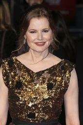 Geena Davis on Red Carpet -