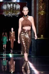 Gigi Hadid – Balmain Show at Paris Fashion Week – Womenswear S/S 2016