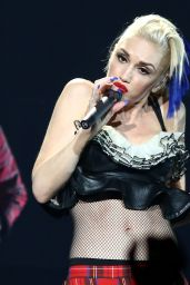 Gwen Stefani - Performs an Exclusive Concert for MasterCard Cardholders in New York City