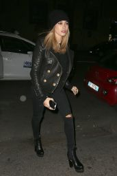 Hailey Baldwin - Night out in Milan, Italy, October 2015