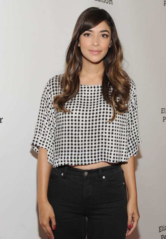 Hannah Simone - 2015 A Time For Heroes Family Festival in Culver City