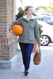 Heather Morris Autumn Style - With a Pumpkin in Calabasas, October 2015