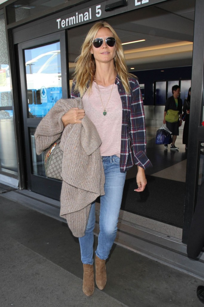 heidi-klum-at-los-angeles-international-airport-october-2015_2