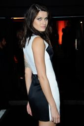 Isabeli Fontana - Arriving at the Vogue Party - Fashion Week in Paris, October 2015