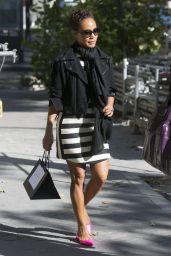 Jada Pinkett Smith Street Style - Shopping in Paris, September 2015