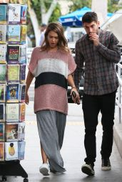 Jessica Alba - Shopping in LA, October 2015