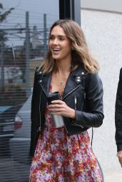 Jessica Alba - Stopping by a Studio in Santa Monica, October 2015