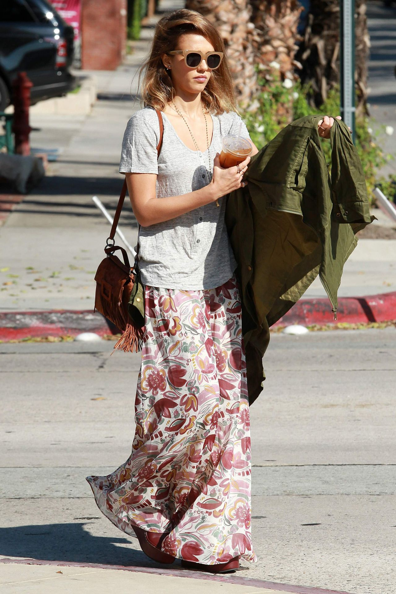 Jessica Alba Street Style Out In La October 2015
