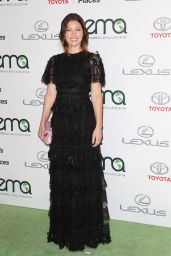 Jessica Biel – 2015 EMA Awards in Burbank