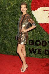 Jessica Hart - God