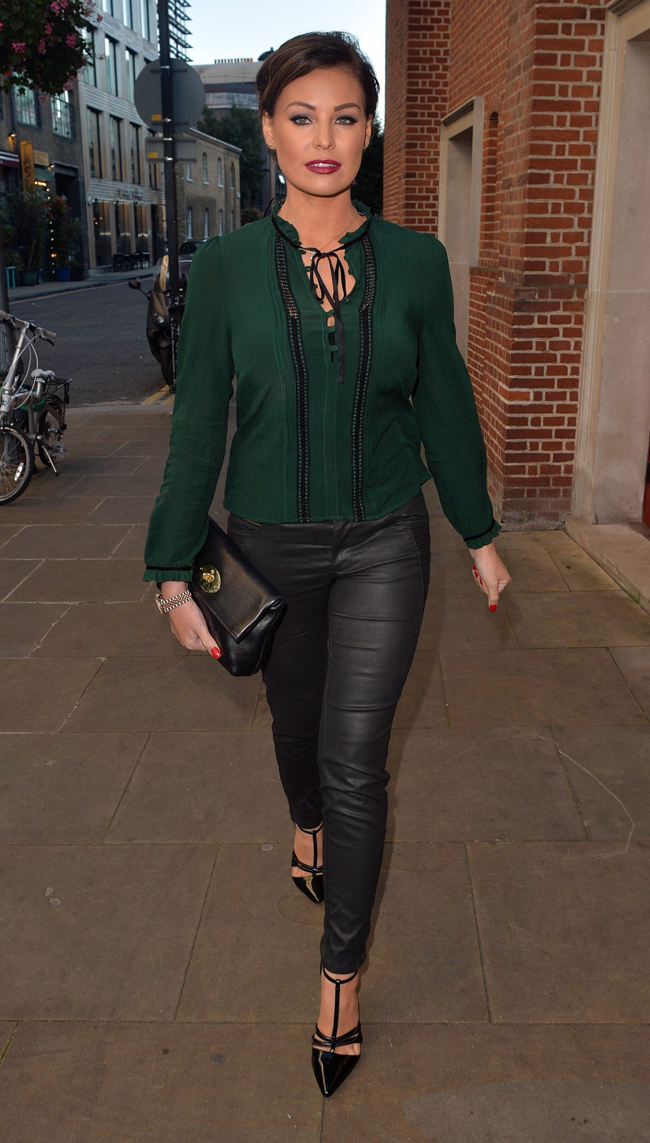 Jessica Wright - at the Globe Theatre in London, October 2015 Gwyneth Paltrow Goop