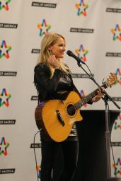 Jewel Kilcher Performs and Greets Fans at Mall of America in Bloomington, October 2015