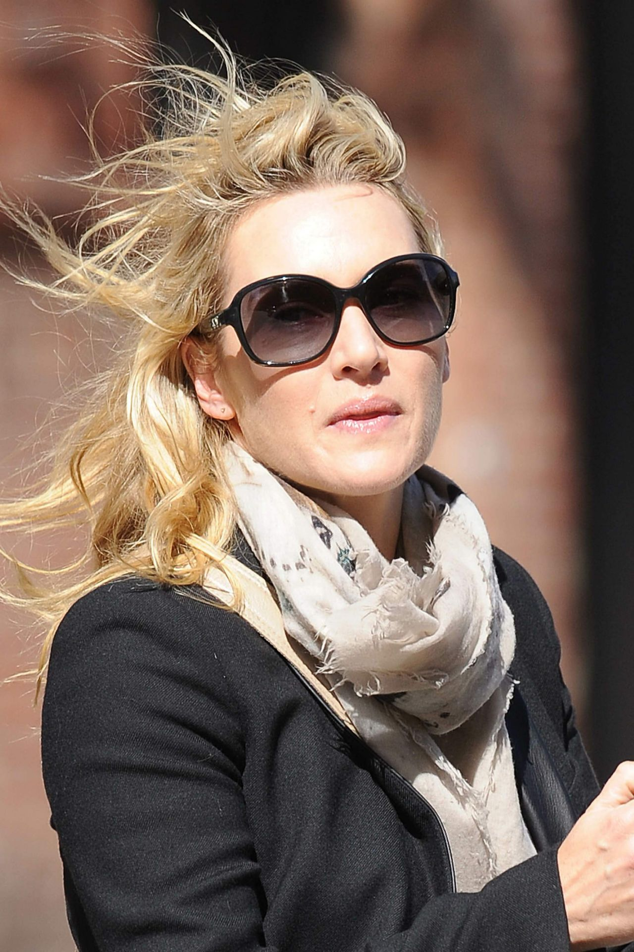 Kate Winslet In TriBeCa October 2015 U2022 CelebMafia