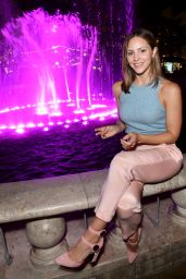 Katharine McPhee - Breast Cancer Awareness Event in Los Angeles