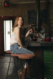 Kelli Garner -