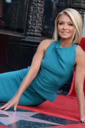 Kelly Ripa - Receives Her Star on the Hollywood Walk of Fame, October 2015