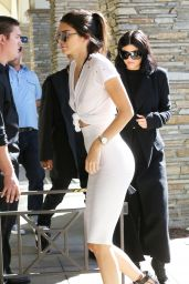 Kendall Jenner - Arriving at Kim Kardashian