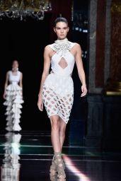 Kendall Jenner - Balmain Show at Paris Fashion Week - Womenswear S/S 2016