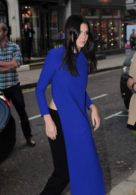 Kendall Jenner Fashion - Outside Cadogan Hall in London, October 2015