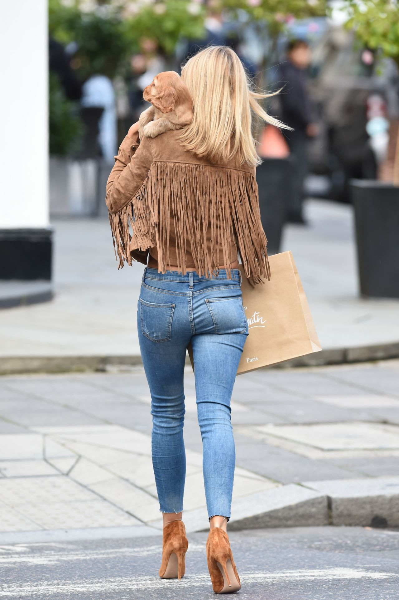 Kimberley Garner Booty In Jeans Out In London October 2015