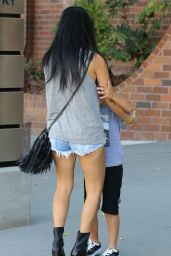 Kourtney Kardashian - Out in Calabasas, October 2015