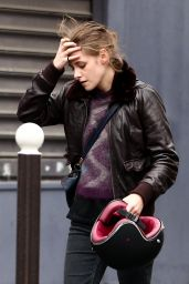 Kristen Stewart - On the Set of