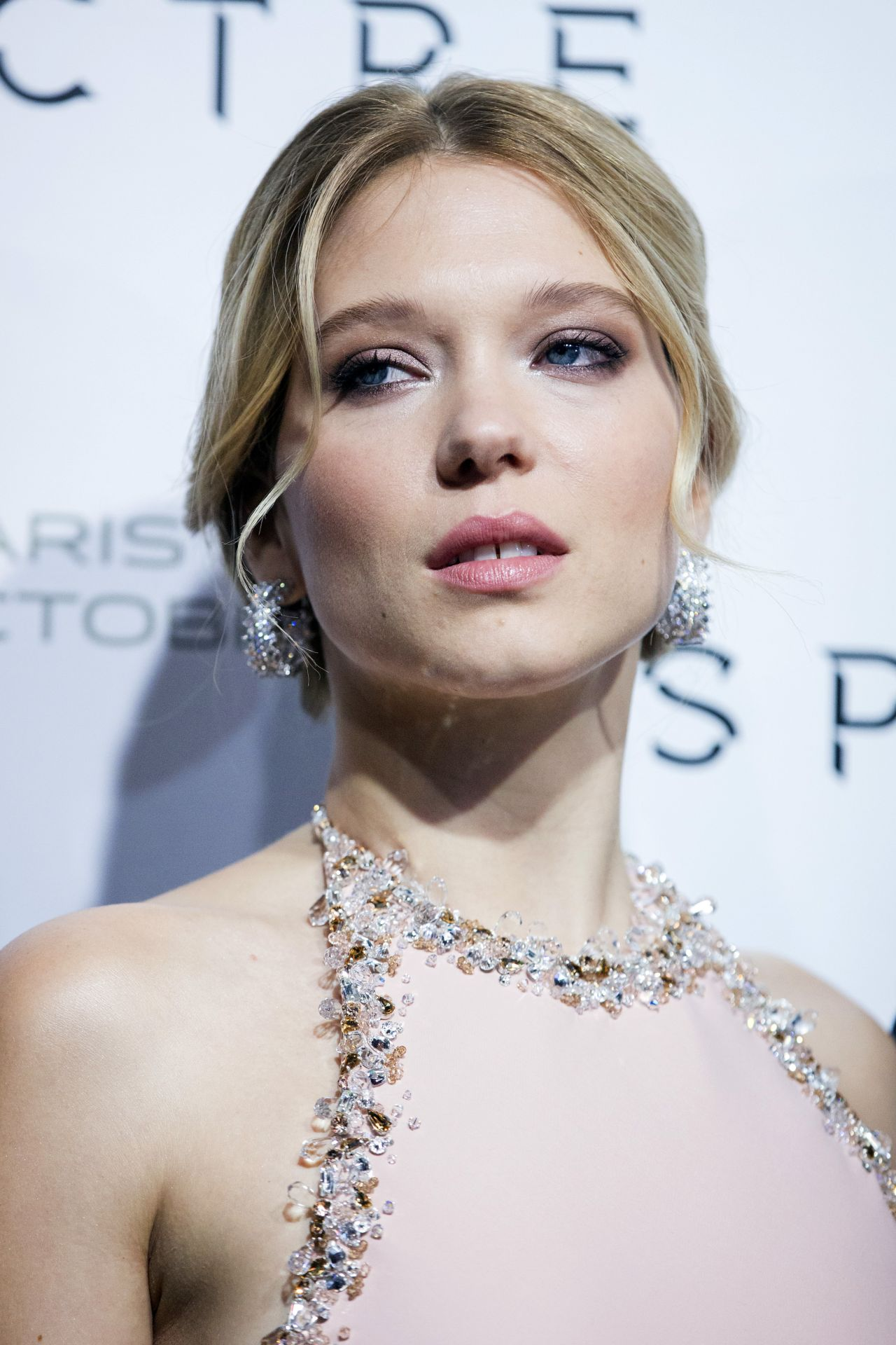 L 233 A Seydoux Spectre Premiere At Grand Rex Cinema In Paris