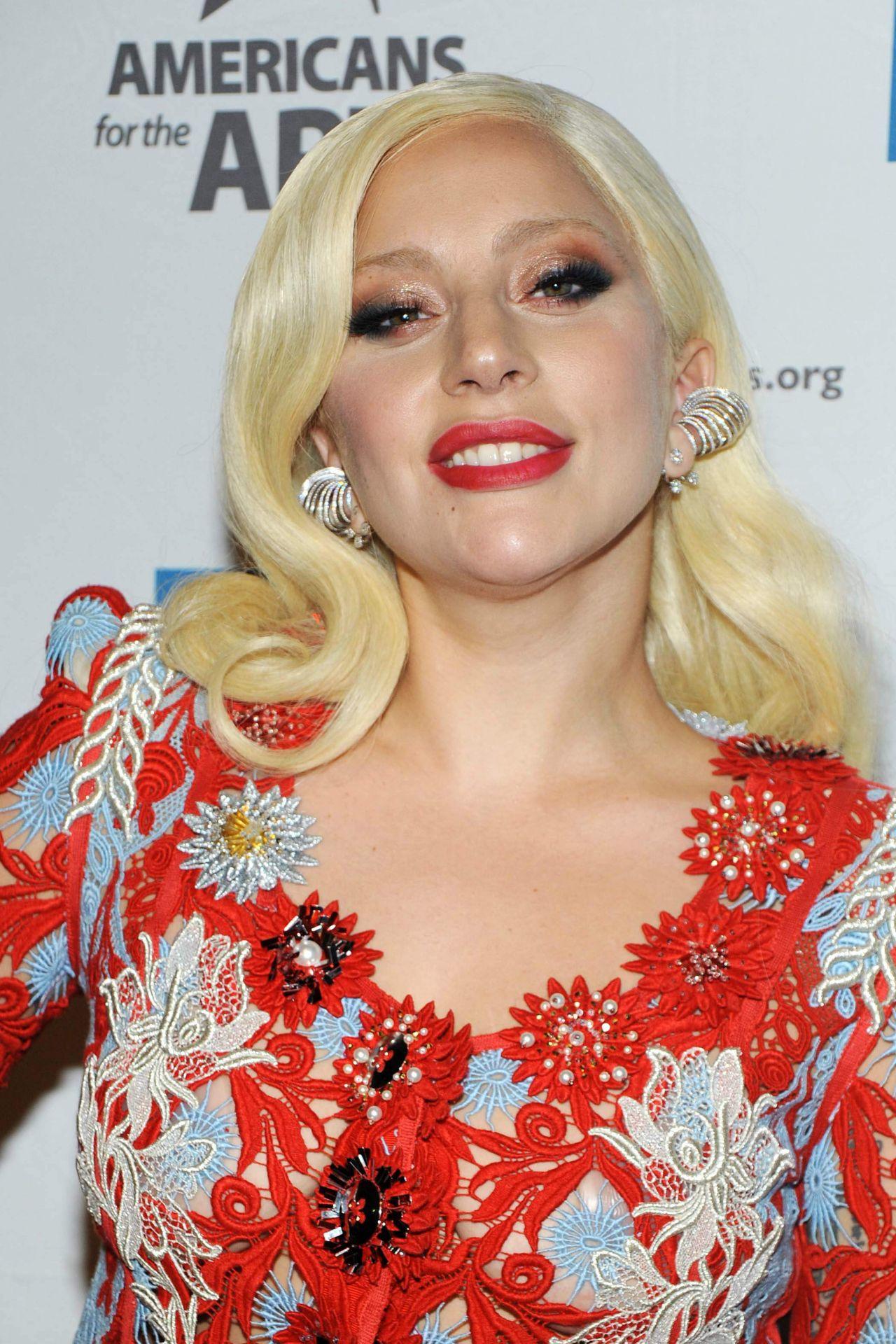 Lady Gaga 2015 National Arts Awards