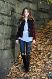 Laura Marano - Walking With a Friend in Central Park, New York, October 2015