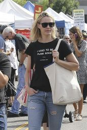 Leslie Bibb - Shopping at the Farmers Market in Studio City, October 2015
