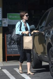 Lily Collins - at an Earthbar After a Workout in Los Angeles, October 2015