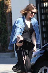 Mandy Moore Leaving Balayage Salon in Beverly Hills, October 2015
