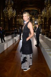 Maria Sharapova - Stella McCartney Fashion Show in Paris, October 2015