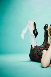 Melissa Rauch - The Stndrd Magazine Issue #8 - October 2015