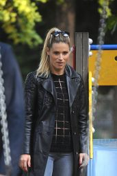 Michelle Hunziker Street Style - In a Park in Milan Italy, October 2015