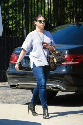Michelle Trachtenberg Heads to Lunch at Gracias Madre in West Hollywood, October 2015