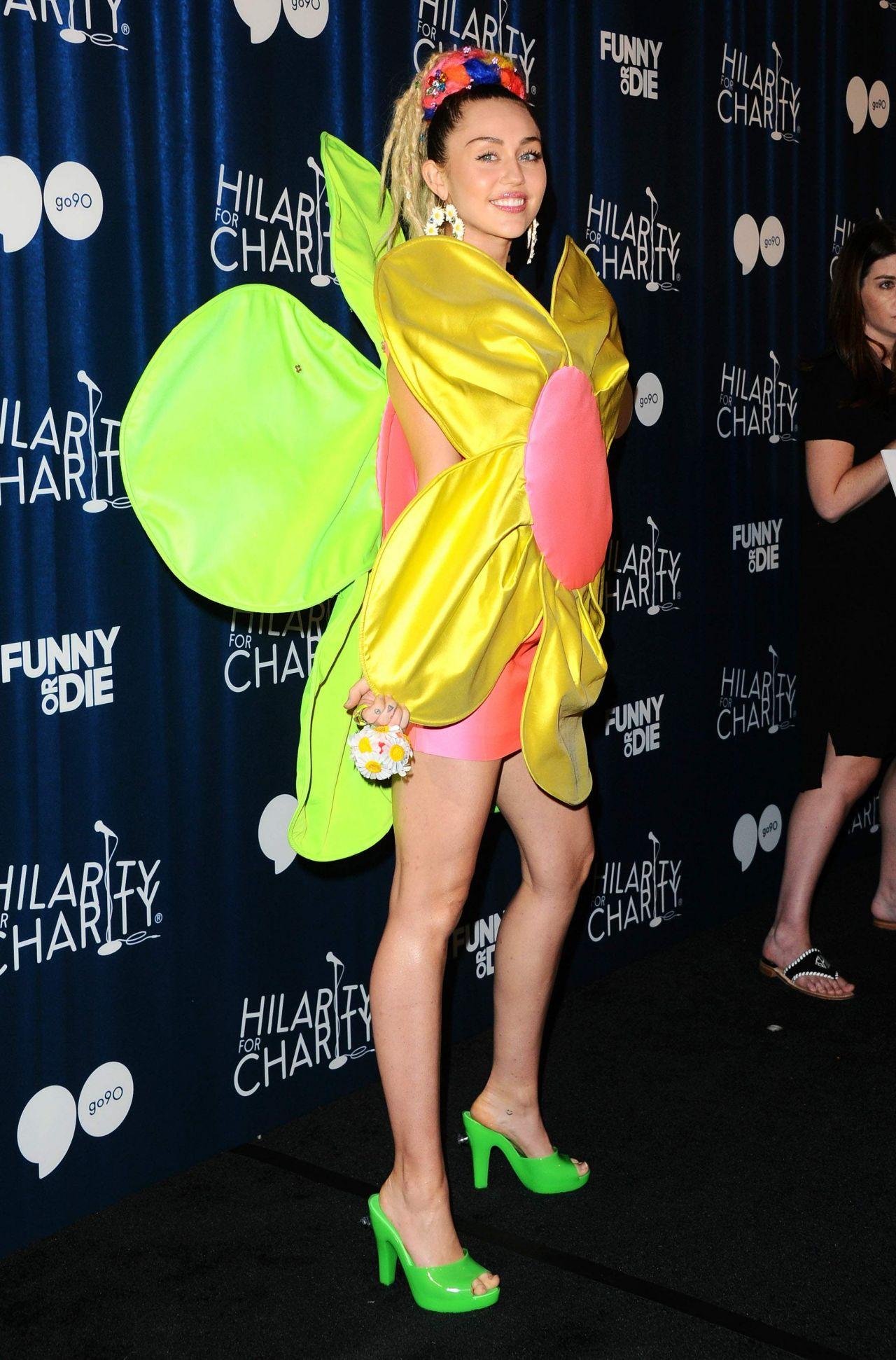 Miley cyrus kdwb jingle ball 2013 - 1 part 9