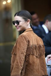Miranda Kerr - Charles de Gaulle Airport in Paris, October 2015