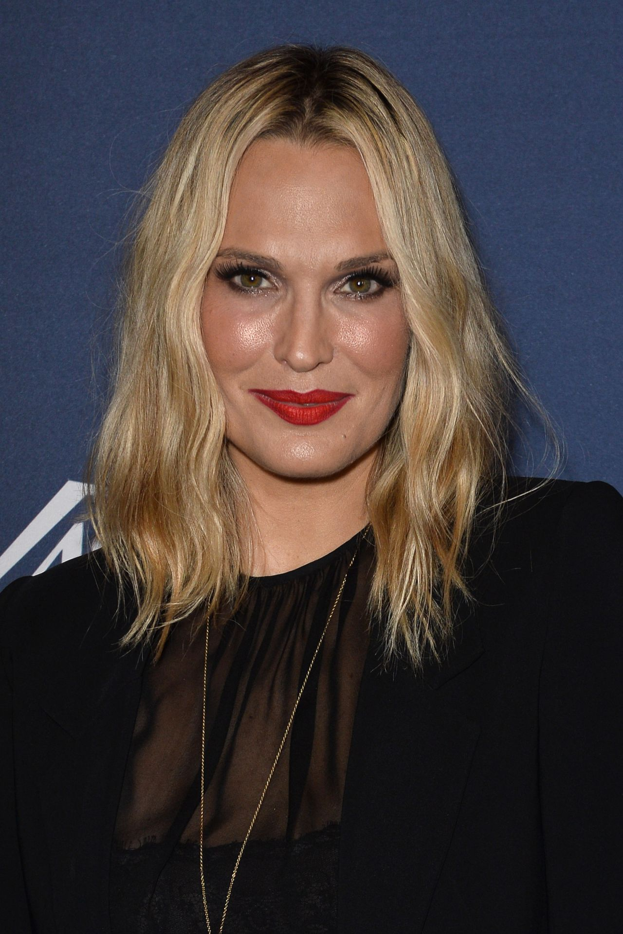Molly Sims Variety S Power Of Women Luncheon In Beverly