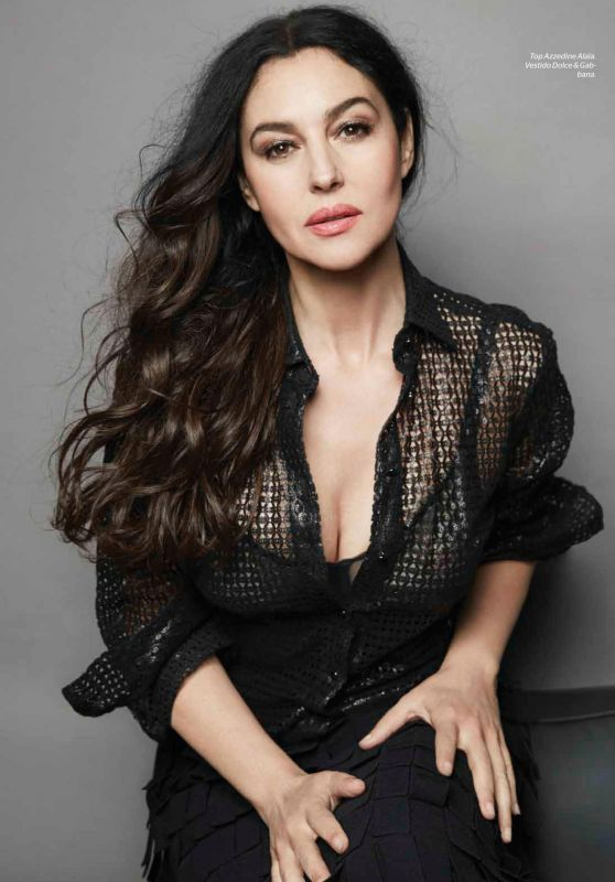 Monica Bellucci - Esquire Magazine (Mexico) - October 2015 Issue
